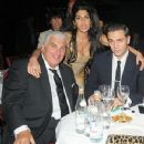 Amy Winehouse and Reg Traviss | Amy Winehouse Picture #44801760 - 349 x 366 - FanPix.Net