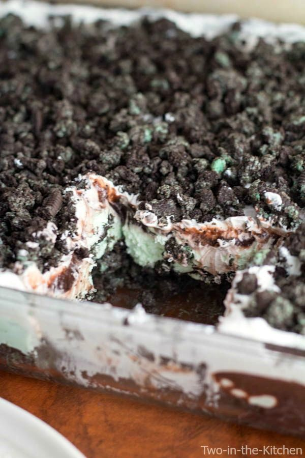 Mint Oreo Refrigerator Dessert   Two in the Kitchen