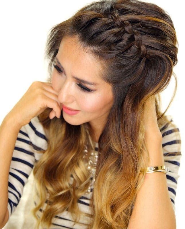15 Of The Best Hairstyles For Hot Humid Weather Braided Headband Hairstyle Headbands Hairstyles Short Headband Hairstyles