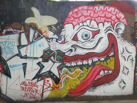 Freaky brain tongue graffiti « Mind Hacks