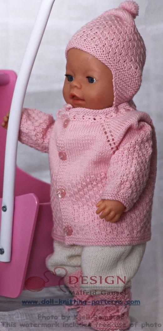 Breien prachtige poppenkleertjes in roze en wit