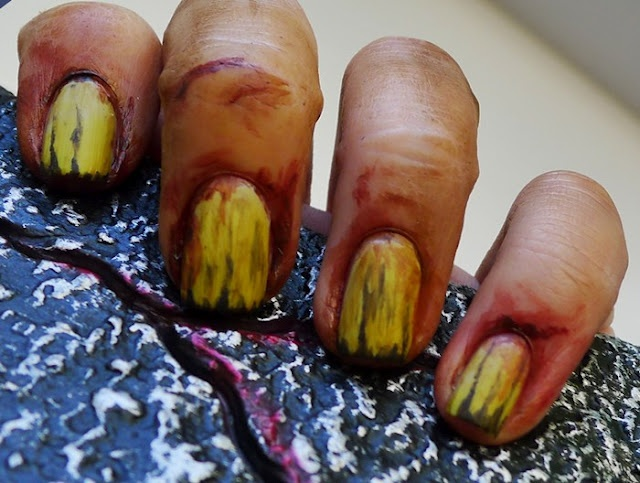 The Nail Buff: Halloween: Zombie Hands, make-up, nails, costumes, zombies: Nails Art, Pin Today, Zombies Nails, Nails Buff, Zombies Hands, Random Pin, Halloween Zombies, Halloween Ideas, Halloween Nails