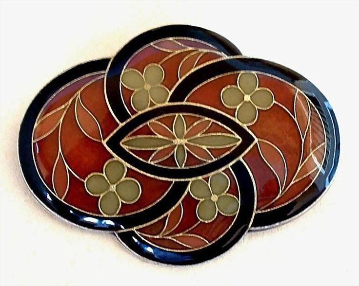 Vintage CLOISONNE Enamel Brooch FLOWER Leaf Motif ca.1930's.