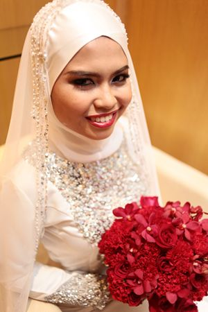 Nikah tudung Idea - veil from Vispera - Inner Maysaa and Chiffon scarf
