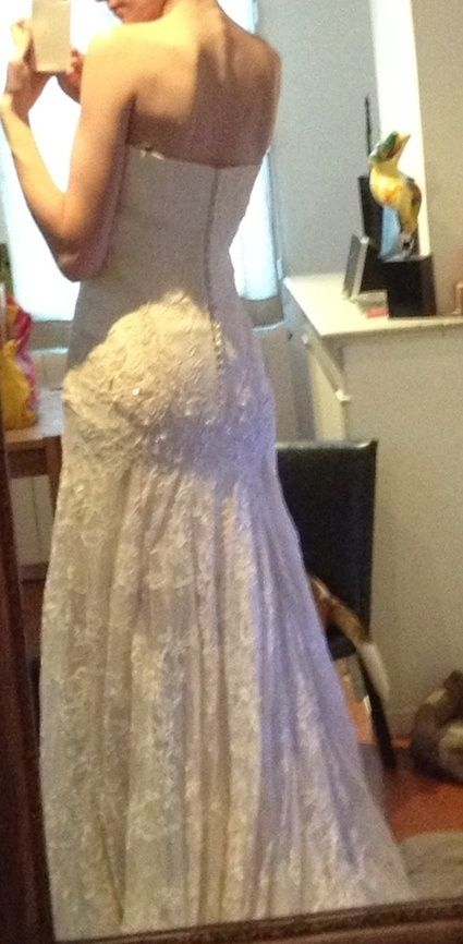 Robe de mariée Yolan Cris modèle Celina en dentelle NEUVE