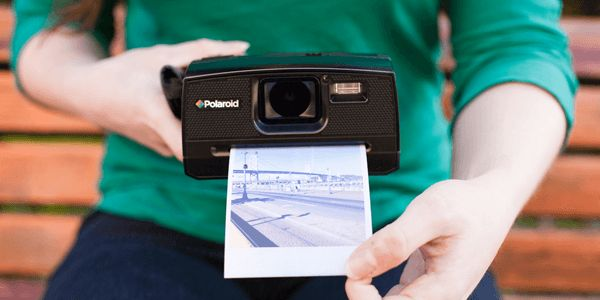 12 Best Christmas Gifts for a Photographer (A Photographer's Amazon Wishlist)