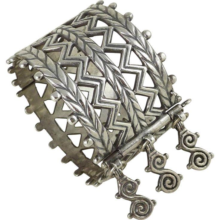 Finnish Kalevala Koru Sterling Silver Bracelet - Merya Hinged Bangle - Helsinki…