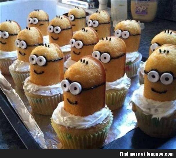 Minions Cake.        awwwww!