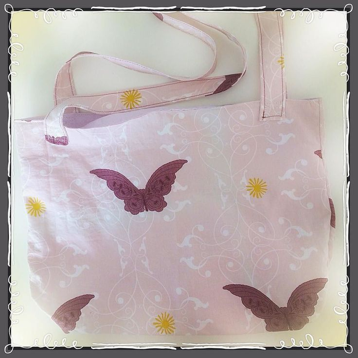 #butterfly #bag #bolsa #mariposas made of #recycledmaterial (sheet) #recycle #recycled #reciclaje #reciclajecreativo #reciclajeconestilo #hechoamano #handmade #sewing #coser #style #midiseño #mydesign #sustainable #sustainableliving #sustanible #sustaniblefashion #vhga #granalacant #santapola