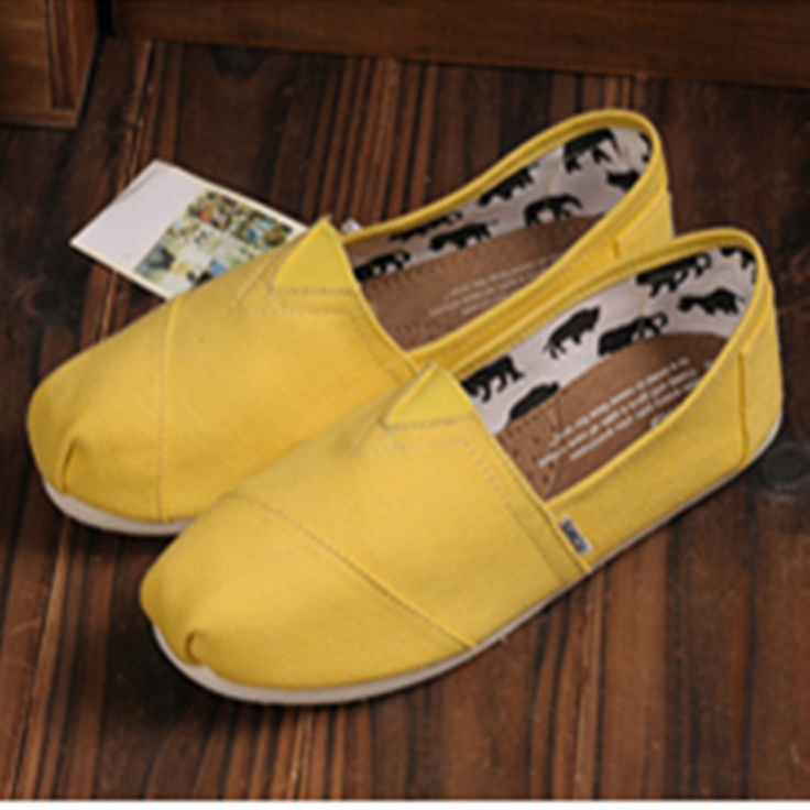 Fashion and Such / Toms Outlet! $26.99 OMG!! Holy cow, I'm gonna love this site Olivia I am pinning this for you!!!