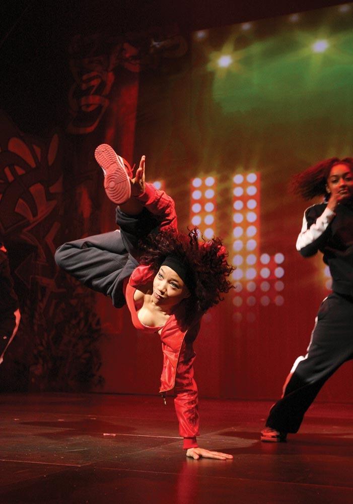 ZooNation Dance Company's Into the Hoods.  © Tristram Kenton.