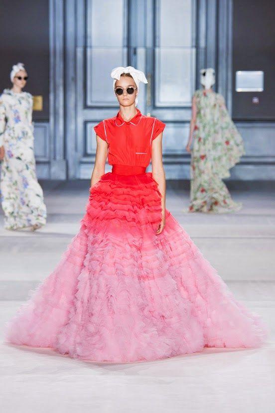 http://fashionblogofmedoki.blogspot.be/2014/08/giambattista-valli-defile-haute-couture.html