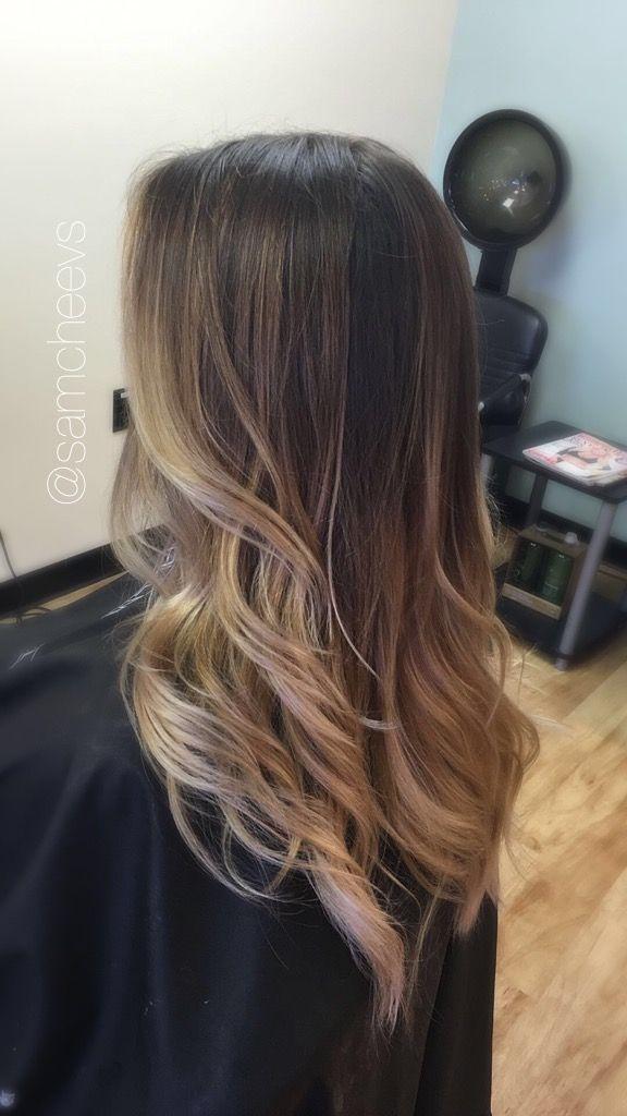 Platinum warm blonde ombré on natural dark hair // balayage for dark hair //