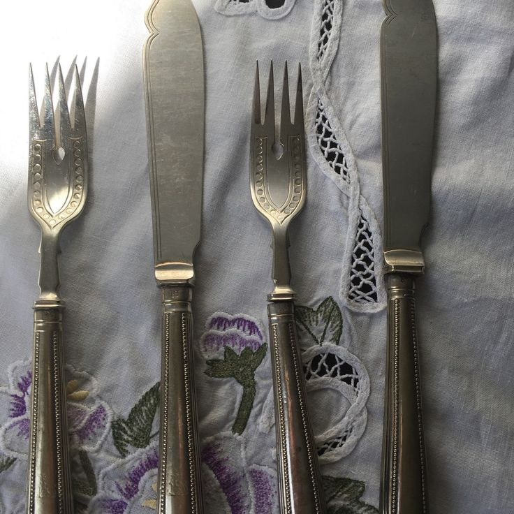 Victorian Henry Wilkinson Knife and Fork Set of 2