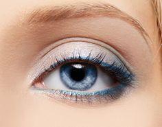Voorbeelden voor het aanbrengen van oogschaduw bij blauwe ogen