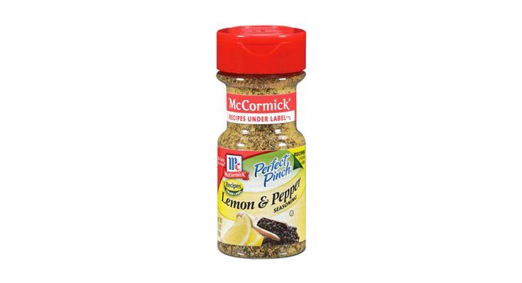 Crisp Garden Salad with Lemon Pepper Vinaigrette Recipe | McCormick