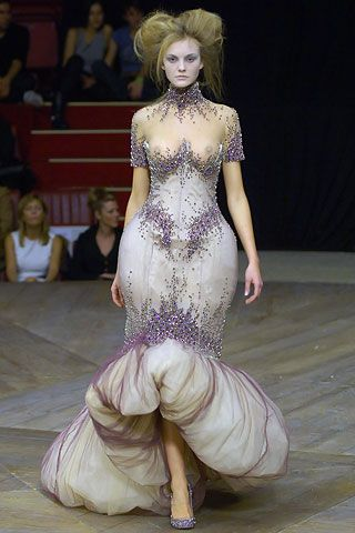 Alexander McQueen Spring/Summer 2007 Ready-To-Wear