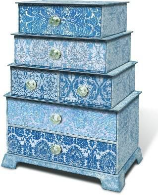 Add further grandeur to your jewellery with exquisite boxes by Kaji