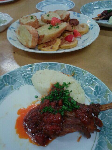 国際交流の料理教室に参加♪ニュージーランド料理、最高♪(* ̄∇ ̄)ノ これ、ラムじゃなくて、ポークのブロックでも、いけそう♪ - 3件のもぐもぐ - ラム肉の赤ワイン煮込み by shinyorita