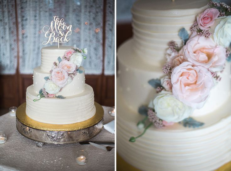 Photography: Jody Savage Floral Design: Vale of Enna