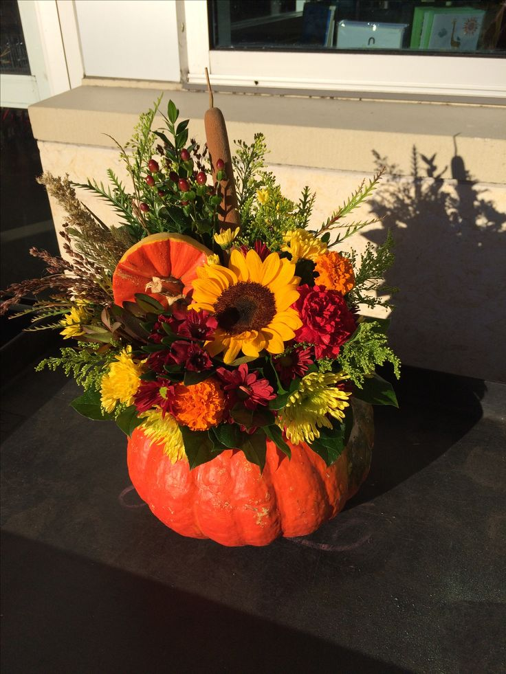 Funky Cinderella pumpkin arrangement for autumn
