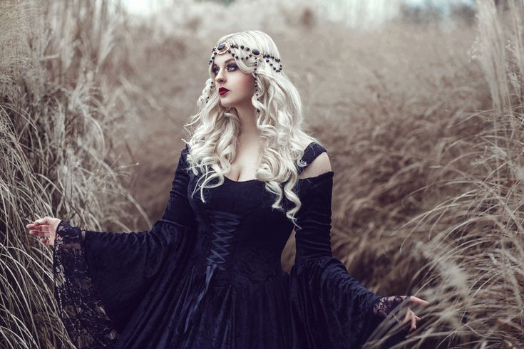 Photographer: Stacey Smith - Bernadette Newberry Photographer Stylist/Model: Ai Tenshi Misha Designer: Romantic Threads