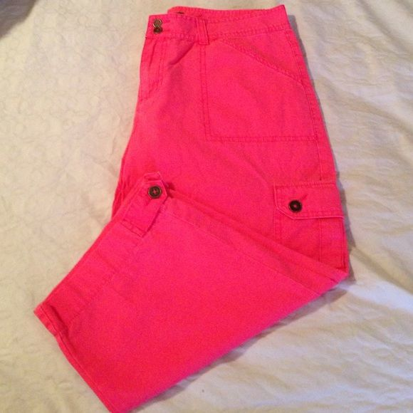 springy coral capris!  Barely worn. Cute pocket detail. And button tab at hem line. Size 10 P Mountain Lake Pants Capris