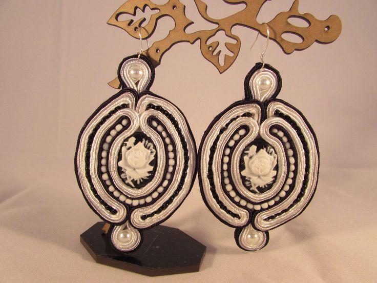 Black-white rose earrings soutache handmade
