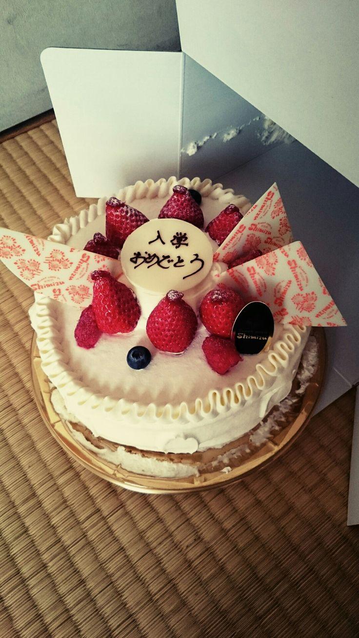 菓匠Shimizu イチゴのホールケーキ