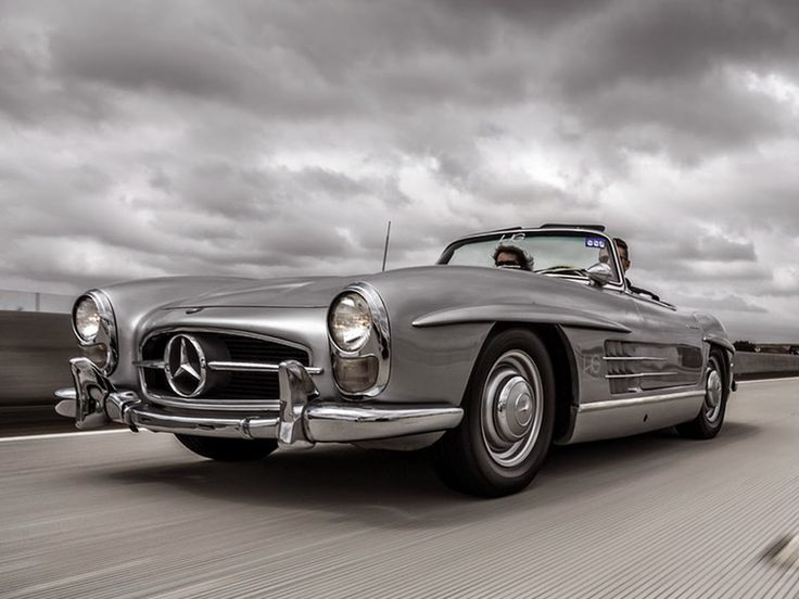 Based on the original #Gullwing coupe, the Mercedes-Benz #300SL Roadster was first introduced at the 1957 Geneva Motor Show.#TBT. Source: MB UK