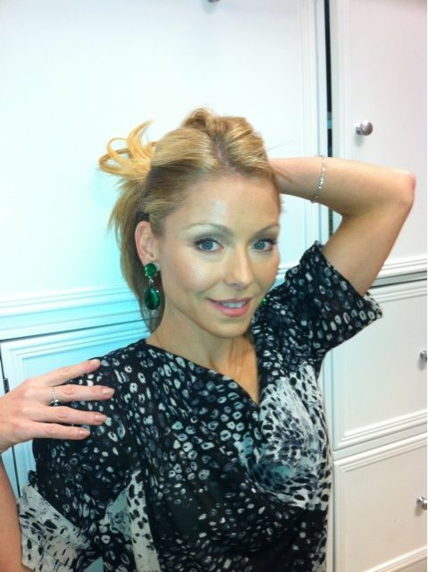 Kelly Ripa Twitter - Bing Images