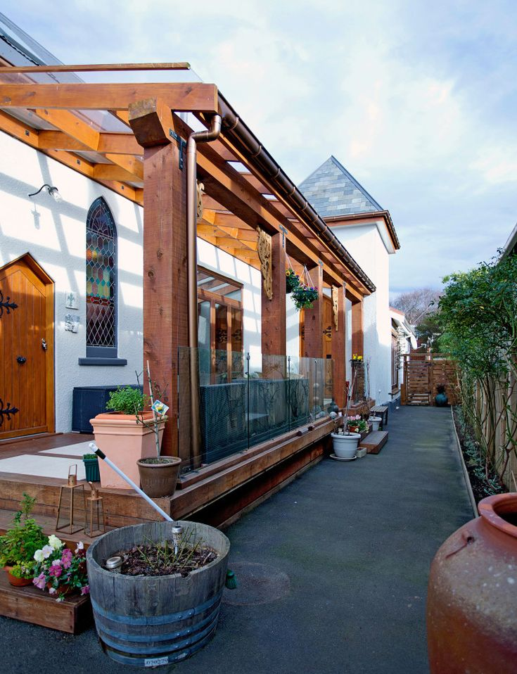A Dunedin couple transform a church into a family home - Homes To Love