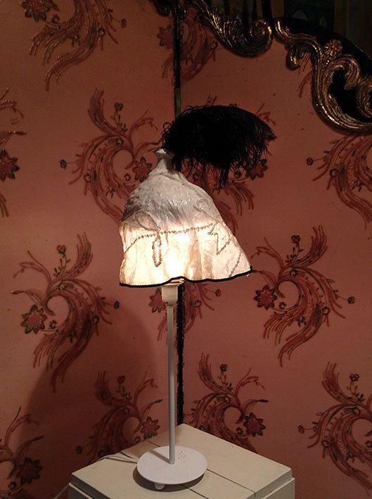 Lampshade/lampenkapje Coiffe Nez au vent uit de door MargrietThissen