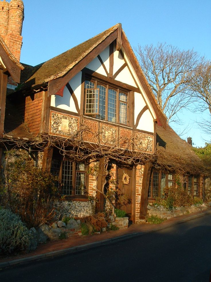 70 best images about cottage home style on pinterest for English tudor cottage