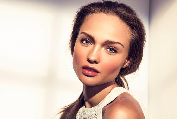 Trucuri de machiaj care iti pun in valoare bronzul. #machiaj #makeup #frumusete #ten #piele #bronz