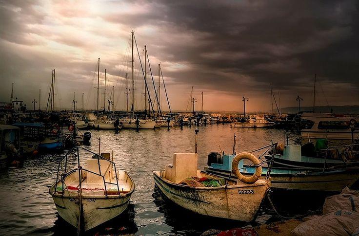 Stara Hajfa - Port  Credit: Marian Stanislawski (Click to Support Artist)