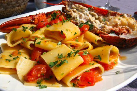 Ecco la #ricetta per i #Paccheri all'#Astice...