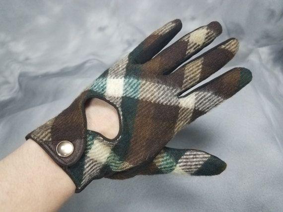 1950, 1960s plaid guanti, tartan marrone e verde, nylon e lana, guanti di snap, piccolo, misura 7