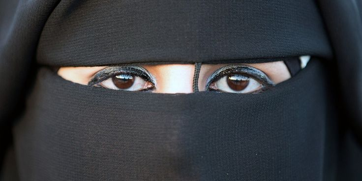 """Top News: """"CANADA: Prime Minister Stephen Harper, Zunera Ishaq And The Case For Niqabs"""" - http://www.politicoscope.com/wp-content/uploads/2015/10/Niqabs-Headline-News-1600x800.jpg - Prime Minister Stephen Harper government wasn't interested in finding a reasonable solution for Niqabs.  on Politicoscope - http://www.politicoscope.com/canada-prime-minister-stephen-harper-zunera-ishaq-and-the-case-for-niqabs/."""