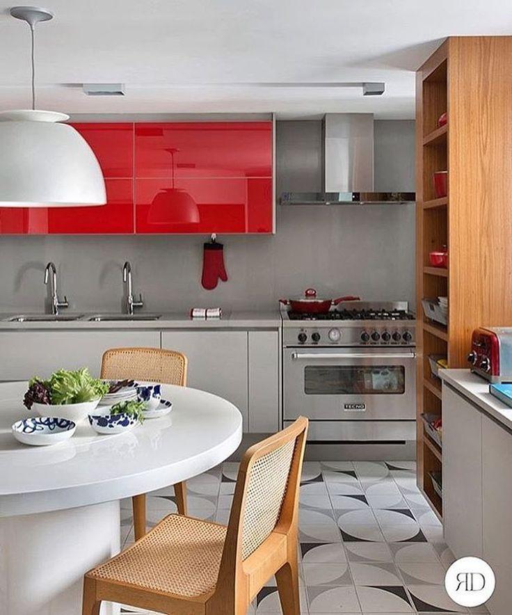 """6,900 Beğenme, 60 Yorum - Instagram'da Felipe Antônio Potratz (@maisinteriores): """"Hello people! Que tal uma pitadinha decor em sua cozinha? Amor imenso por essa paleta de cores.😍❤️✨…"""""""