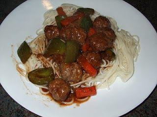Dans les casseroles de GG: Boulettes de viande à la sauce aigre-douce