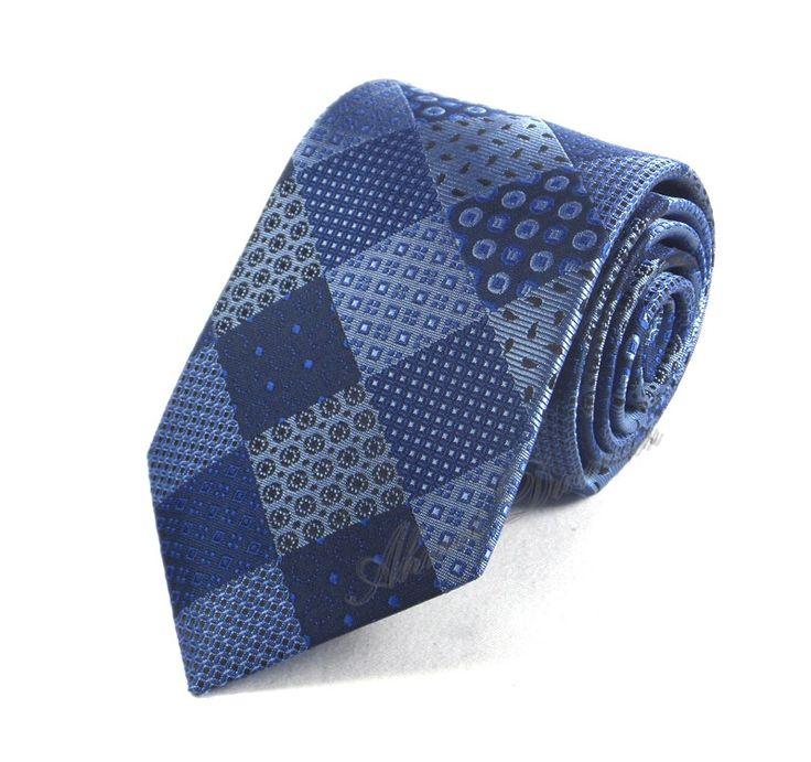 Mavi Özel Parça Desenli Ekose Kravat 6023 8 cm Klasik Standart Stil Mikro Kumaş www.sadekravat.com/mavi-parca-desenli-kravat-6023    #necktie #pocketsquare #ipek #kravat #sadekravat #kahverengi #silk #kravatlar #kravatmodelleri #ipekkravat #tie #tieofday #pocketsquare #kravatmendili #kombin #mendil #yunkravat #ketenkravat