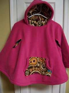 Welcome to the Mouse House: I like the pocket and edging car seat poncho