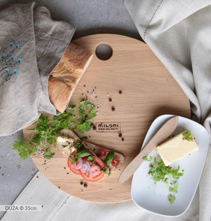 MILONI cutting board - big size (35cm). Multipurpose. A must have in every kitchen. #miloni #meble #drewno #design #furniture #design #wood #cutting #board #christmas #christmascontest #milonimeble #kitchen #instafood #musthave