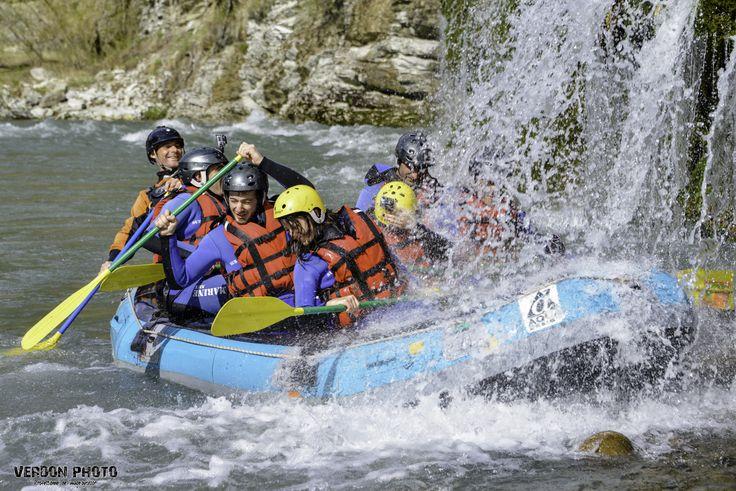 cascade à l'entrée des Gorges de Fontgaillarde sur le Haut Verdon