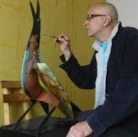 Alex Stevenson Díaz, nació en Codazzi, Cesar, Colombia el 2 de marzo de 1962, viviendo desde muy niño en Barranquilla capital del departamento del Atlántico. Artista plástico colombiano que desde muy pequeño demostró sus dotes artísticas, estudió Publicidad y diseño publicitario en la Universidad Litoral de Barranquilla 1990. Realizó estudios de Escultura, vitral, escultura y dibujo y pintura. Expuso en: Concejo de Bogota (Bogota 2008), Universidad los Libertadores, (Bogota 2007), Taller de…