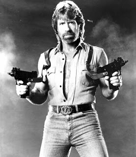 WORLD FAMOUS PEOPLE: Chuck Norris Biography