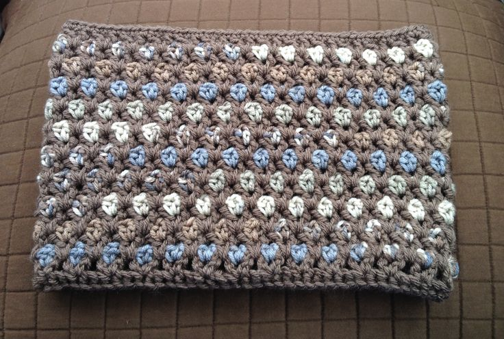 Crochet Moroccan Midnight Cowl, pattern by Tamara Kelly at Moogly http ...