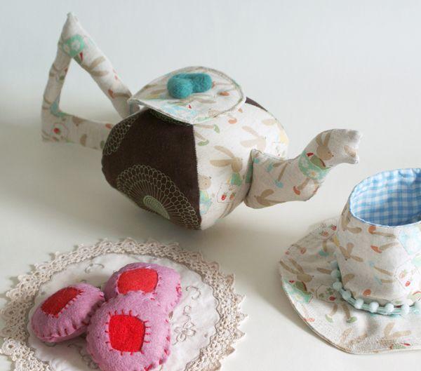 pattern for a soft tea pot