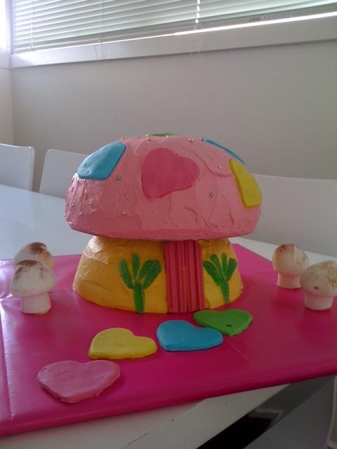 Zoe's Fairy Cake - sans fairy